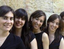 "Nuestra Directora en Torrevieja, grupo ""Vocal Five""."